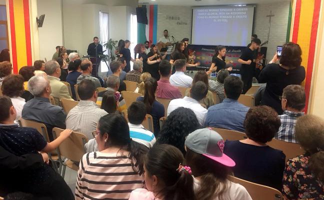 Iglesias evangélicas de la provincia se reúnen en Linares