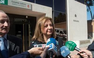 La exdirectora de la Alhambra defiende su labor y dice sentirse víctima de «una persecución»