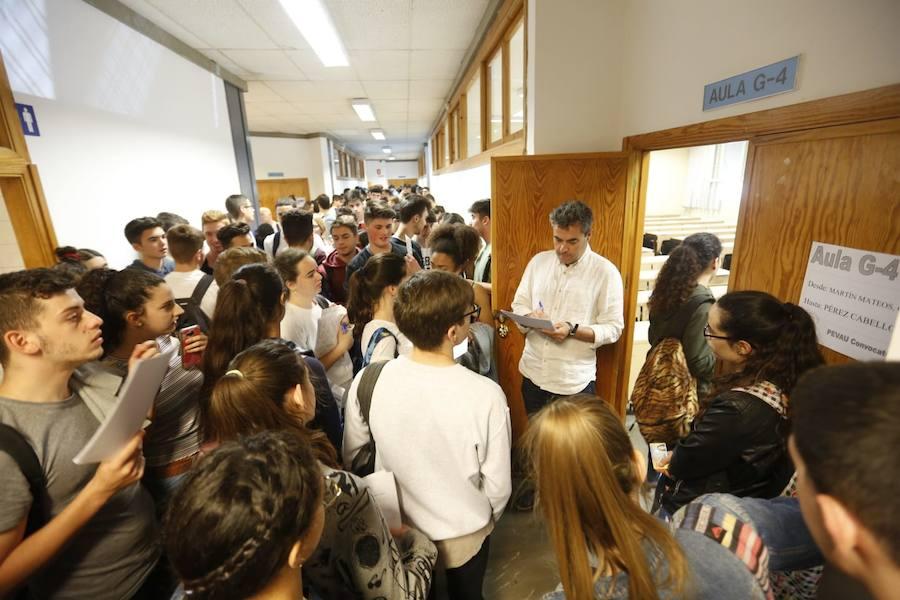 Primera jornada de la Selectividad 2018 en Granada