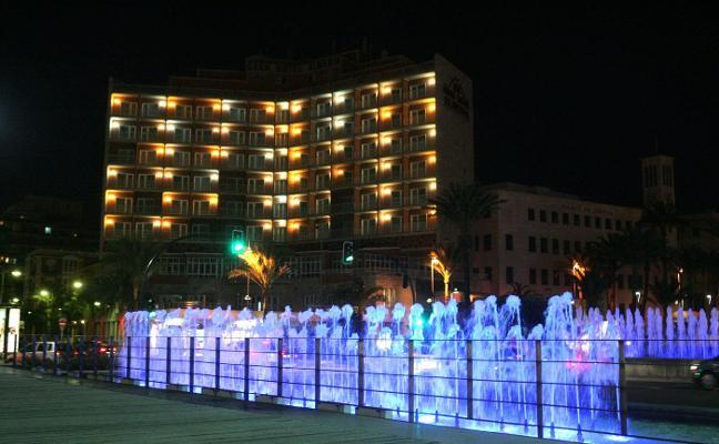 Una cadena catalana volverá a abrir el Gran Hotel tras cuatro años cerrado