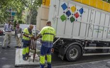 Granada cuenta con la tasa de basuras más cara de Andalucía, según la OCU