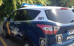 Cazan en Almería a un hombre que robó un camión en Lituania y ató a su víctima a un árbol