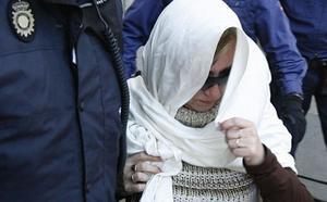 Cárcel para la madre del 'Cuco' por romper la orden de alejamiento a los padres de Marta
