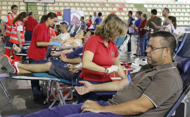 Almería incrementa un 11% la cifra de donantes de sangre y exporta hemoderivados