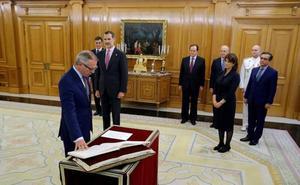Guirao promete el cargo de ministro ante el Rey