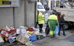 Las ciudades de España que más y menos pagan por la tasa de basuras, según la OCU