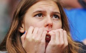Los 3 preocupantes motivos que harán que dejes de morderte las uñas de una vez
