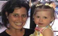 Descubren que su bebé tiene cáncer de ojo gracias a una sesión de fotos