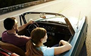 Las 5 cosas que haces diariamente y que son muy perjudiciales para tu coche