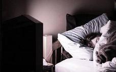Las graves consecuencias de no dormir completamente a oscuras