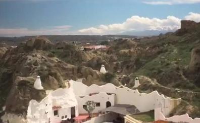 Turismo promociona la Costa Tropical con imágenes de Guadix