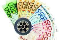 Encuentran 60.000 euros al intentar arreglar un bidé en un piso de alquiler de Granada