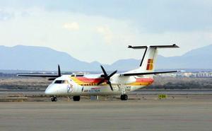 Un vuelo de Almería toma tierra en Barajas nada más despegar al chocar un pájaro con la hélice