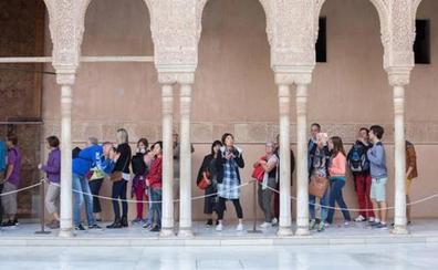 La Alhambra es gratis todos los domingos de verano: así puedes conseguir tu visita guiada