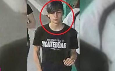 El misterio de la desaparición de Roberto, de 14 años: «Se bajó varias paradas antes, estaba distante...»