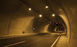 Diseñan un nuevo método más seguro y barato para calcular las necesidades lumínicas de un túnel