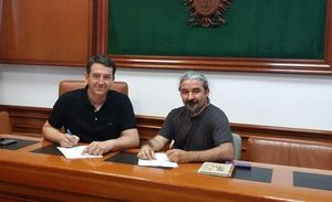 El Ayuntamiento de Mojácar firma un acuerdo con la UGR para la intervención arqueológica del yacimiento de Mojácar la Vieja