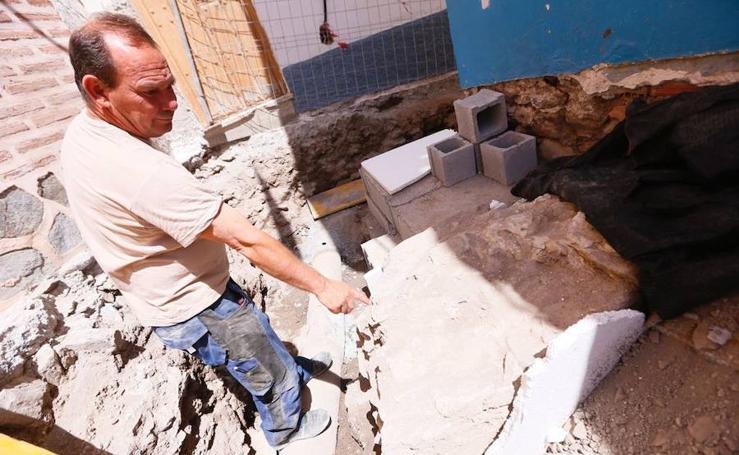 Hallan dos muros de época medieval en pleno centro de Almuñécar