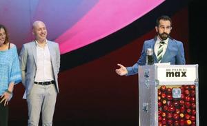 'La desnudez', ganadora en una gala de los Max reivindicativa contra la ley mordaza y por la libertad de expresión