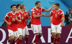 Rusia y Uruguay esperan en octavos rival del grupo de España