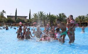 El verano empieza en Jaén con casi 40 grados y las piscinas a días de abrir