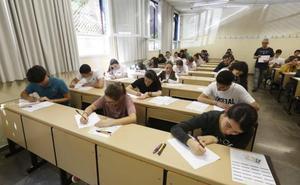 Siete de las diez mejores notas de la Selectividad en Granada corresponden a alumnas