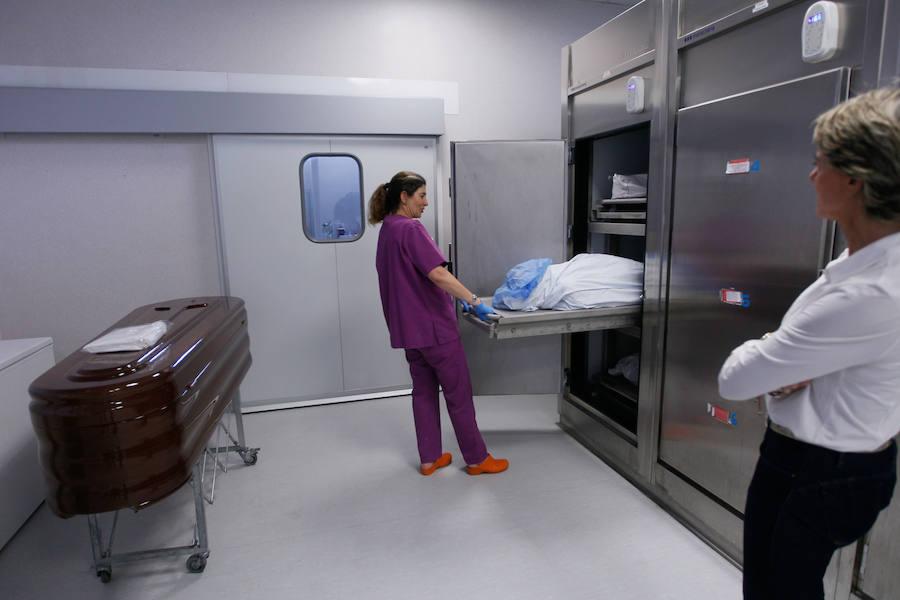 Así es la morgue del Instituto de Medicina Legal de Granada