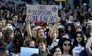 Convocan protestas en toda Andalucía contra la libertad provisional de los miembros de La Manada