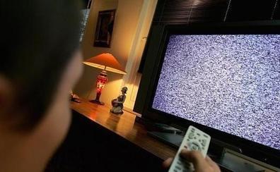 Cambios en la TDT: vas a tener que resintonizar así tu televisor de nuevo