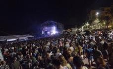 Once mil almerienses celebran con actos en la calle el Día de la Música
