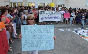 Jaén grita 'Hermana, yo sí te creo' en la protesta por el caso de 'La Manada'