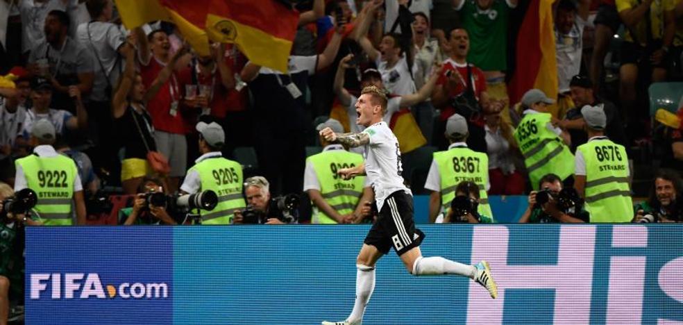 Kroos deja a la campeona con vida