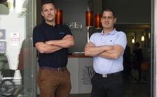 La increíble historia de cómo dos jóvenes en paro gestionan ahora una gran cadena hotelera