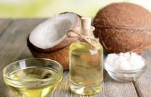 Aceite de coco, la clave para olvidarte de las temidas estrías
