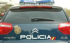 Una mujer apuñala por la espalda a su hija de 16 años durante una discusión en Valencia