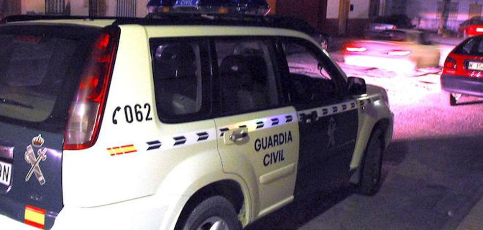 Atracan una gasolinera a punta de navaja en Fuente Vaqueros para llevarse casi mil euros