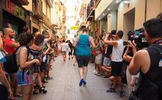 Carreras en tacones y mucho humor para visibilizar al colectivo LGTBI en Granada