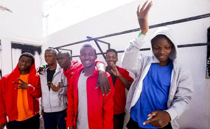 92 inmigrantes liberados en Motril