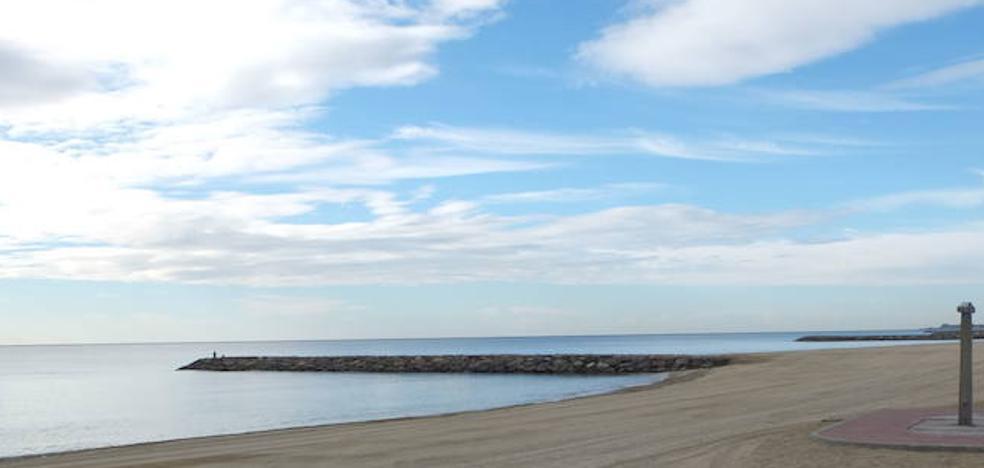 Veinte banderas negras ondean este año en las playas de Almería