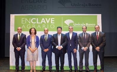 Unicaja marca en su 'Enclave Agrario' los retos del sector agroalimentario provincial