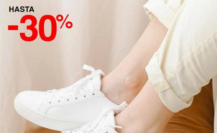 Rebajas de hasta el 50 por ciento en calzado para hombre, mujer y niños en El Corte Inglés