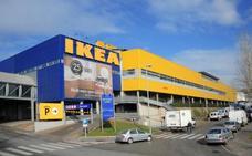 Un niño dispara con una pistola que encontró en Ikea y desata el caos