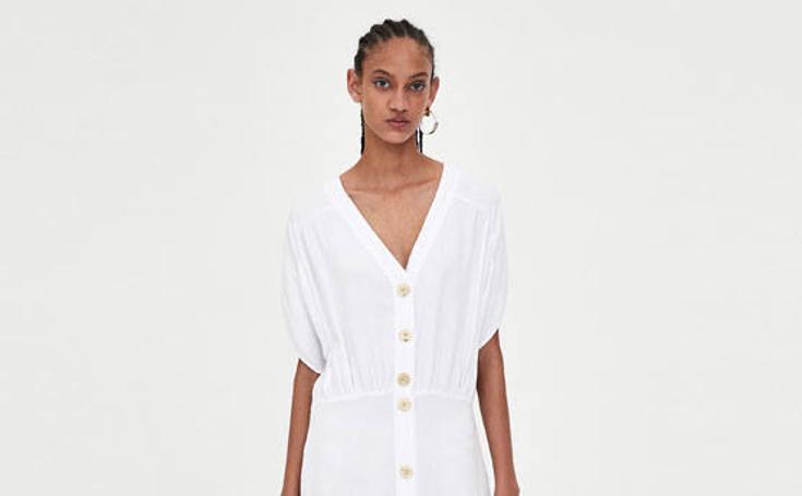 Los siete vestidos que ya puedes comprar en las rebajas de Zara por menos de 20 euros
