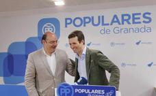 Casado apuesta en Granada por recuperar «una Alcadía en que se hicieron grandes cosas»