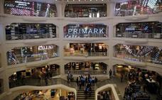 Las lujosas zapatillas de 600 euros que Primark te vende por 18