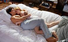 Las 6 formas en las que duermes con tu pareja revelan mucho sobre vuestra relación