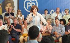 Arenas apoya a Santamaría en el mitin de Almería y abre una brecha en la dirección popular