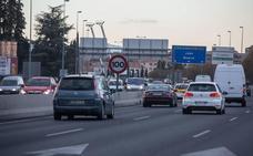 Una mujer de 29 años resulta herida en un accidente entre dos turismos en la Cirvunvalación de Granada