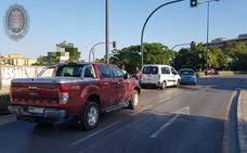 Dos heridos tras una colisión entre tres vehículos cerca del Estadio de la Juventud de Granada