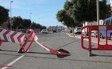 Las obras de la calle 'deprimida' de Torrecárdenas son «inminentes»